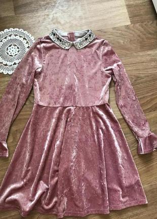 Красивое велюровое  бархат платье воротник стразы длинный рукав с воланом, 10-11 лет