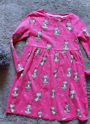 Платье в зайчики для девочки