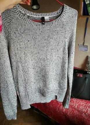 Серебристый свитер h&m