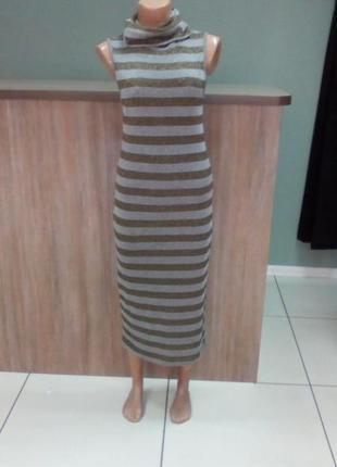 Платье с воротом и коротким рукавом