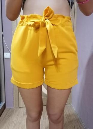 Летние шорты ярко-горчичного цвета фирма goldi
