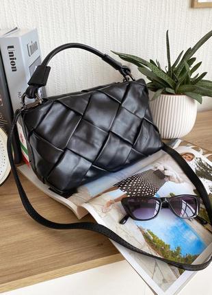 Черная плетеная кожаная шкіряна сумка в стиле bottega veneta, borse in pelle италия