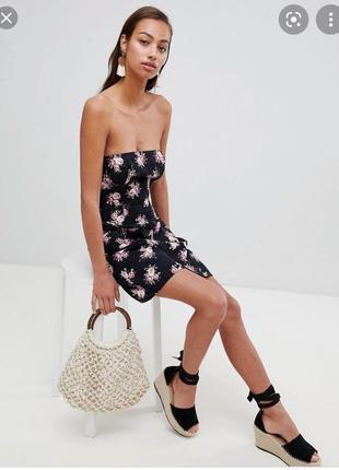 Короткое летнее платье бандо изо льна с карманами asos