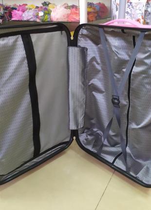 Маленький чемодан ,для ручной клади ,суперпрочный корпус!5 фото