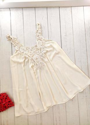 Блуза кремовая, с кружевом, zara оригинал.