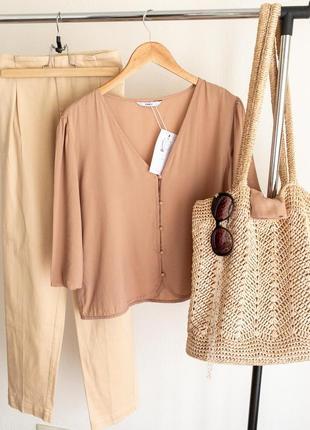 Укорочённая блуза из натуральной ткани