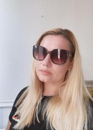 Эксклюзивные коричневые брендовые солнцезащитные женские очки лисички 20218 фото
