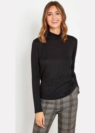 Удобный трикотажный свитер в рубчик р.22