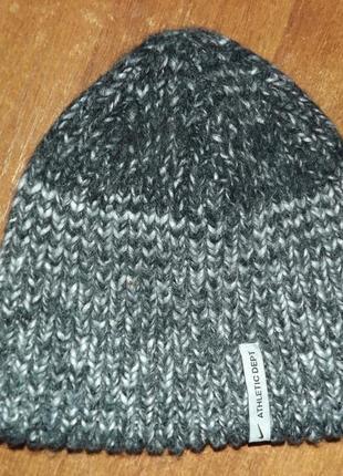 Трикотажная шапка nike athletic dept wool