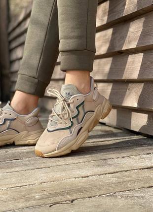 Кроссовки adidas ozweego с кожаными вставками демисезонные