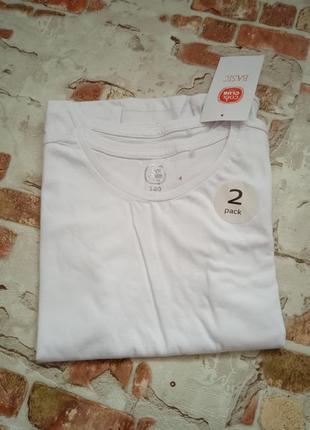 Продам комплект футболок