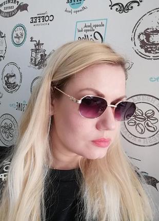 Эксклюзивные брендовые солнцезащитные женские очки в металлической оправе 20217 фото