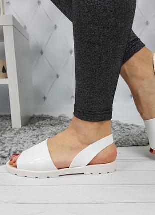 Босоножки силиконовые белые, женские босоножки на низком каблуке, босоножки низкий ход белые6 фото