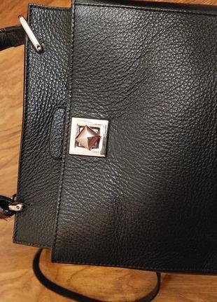 Кожаная сумка производства италия