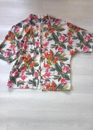 Блуза накидка рубашка primark белая разноцветная цветочный принт