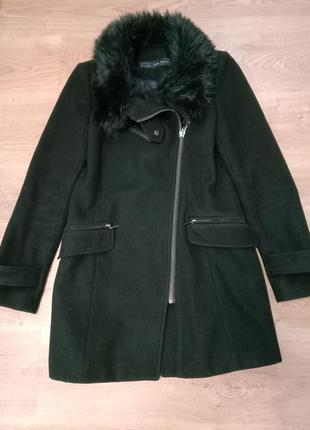 Zara  женское пальто
