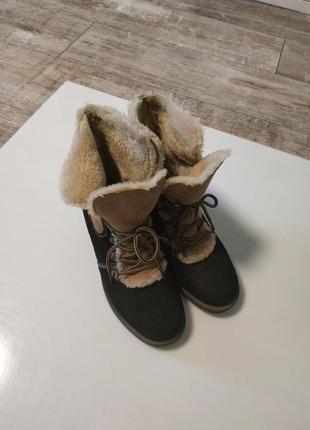 Стильные замшевые зимние ботинки на шнуровка2 фото