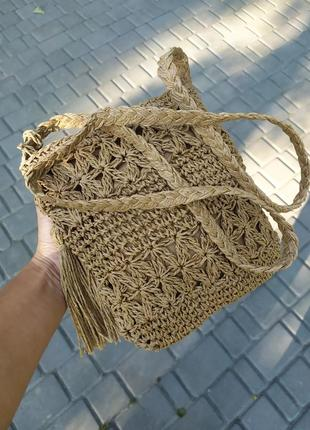 Небольшая вязаная сумочка на молнии летняя сумка на длинном ремешке