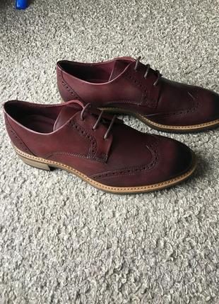 Супер нарядні туфлі