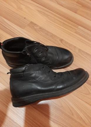 Ботинки  осень на мальчика.кожа