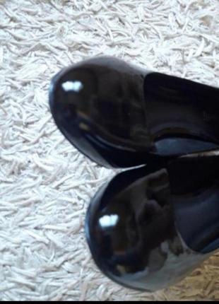 Брендові лакові туфлі,лодочки5 фото