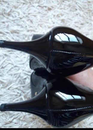 Брендові лакові туфлі,лодочки4 фото