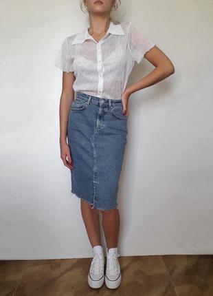 Джинсовая юбка карандаш миди высокая посадка с разрезом спереди
