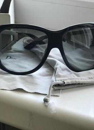 Солнцезащитные очки dior оригинал4 фото