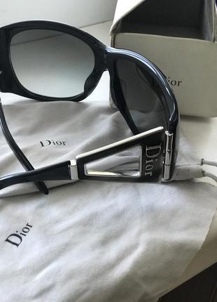 Солнцезащитные очки dior оригинал5 фото