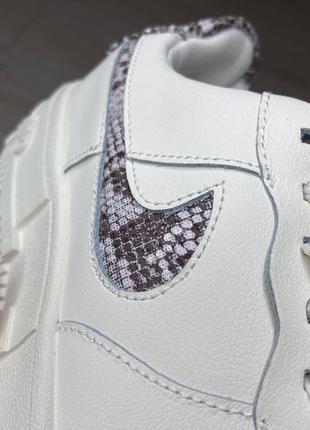 Nike pixel🆕женсике кожаные кеды-кроссовки найк пиксель🆕белые с серым4 фото