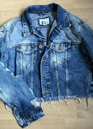 Куртка джинсовая оверсайз женская рваная