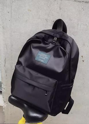 Невероятно красивый базовый однотонный рюкзак чёрный атласный блестящий