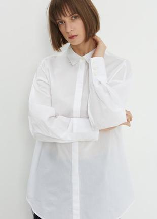 Белая базовая рубашка оверсайз