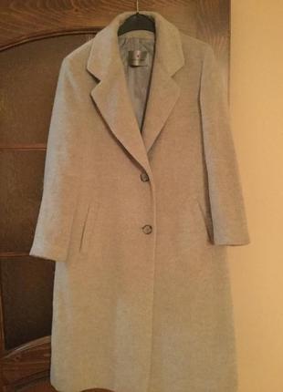 Тёплое осенне-зимнее пальто fuchs schmitt 40