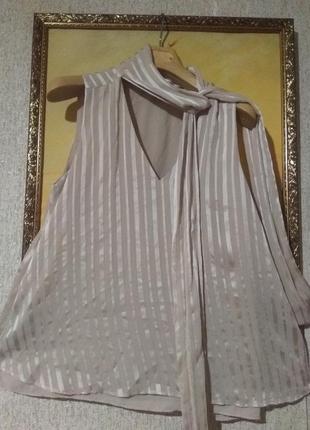 Стильная ньюдовая нежная блуза
