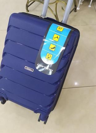 Маленький чемодан,ручная кладь,для частых поездок!!