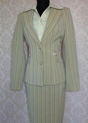 Прекрасный костюм из 5 вещей: пиджак, брюки, юбка, жилет, блуза
