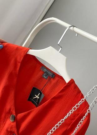 Красивая блузка на запах с пуговицами atmosphere3 фото