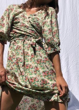 Urban outfitters платье миди  в винтажном стиле