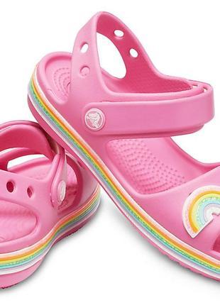Кроксы девочке розовые с радугой crocs
