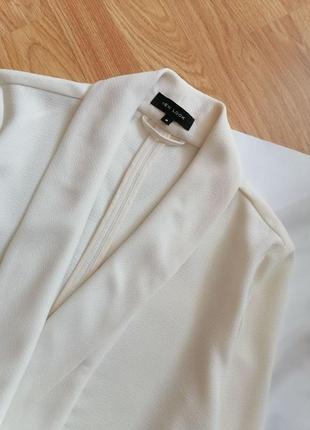Женский строгий нарядный брендовый белый кремовый молочный жакет блейзер пиджак new look - р 42-442 фото