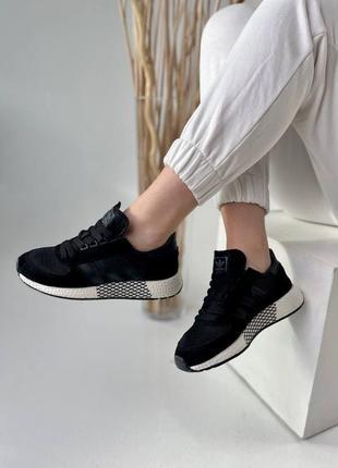 Шикарные женские кроссовки adidas в черном цвете