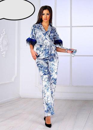 Роскошный серебристо-голубой бархатный костюм poliit! +перья страуса! +пояс!
