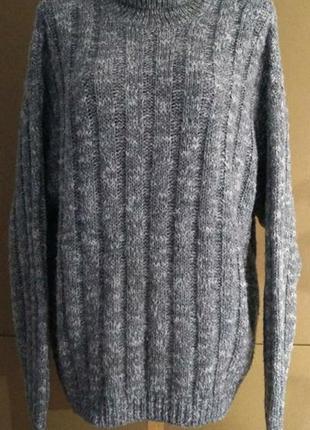 Плотный вязаный свитер с горлом,размер 58,пог 60-70.