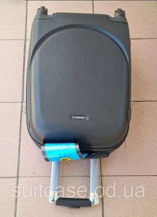 Чемодан ,валіза ,отличное качество,кодовый замок ,качественный.3 фото