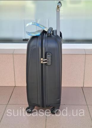 Чемодан ,валіза ,отличное качество,кодовый замок ,качественный.8 фото