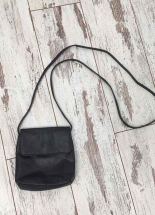Dominique маленькая черная кожаная сумка с длинными ручками как новая