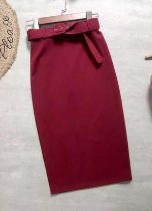 Новая юбка-карандаш с поясом