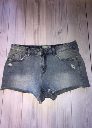 Голубые джинсовые шорты м
