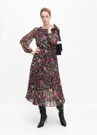 Шикарное плиссированное платье миди reserved в цветочный принт.